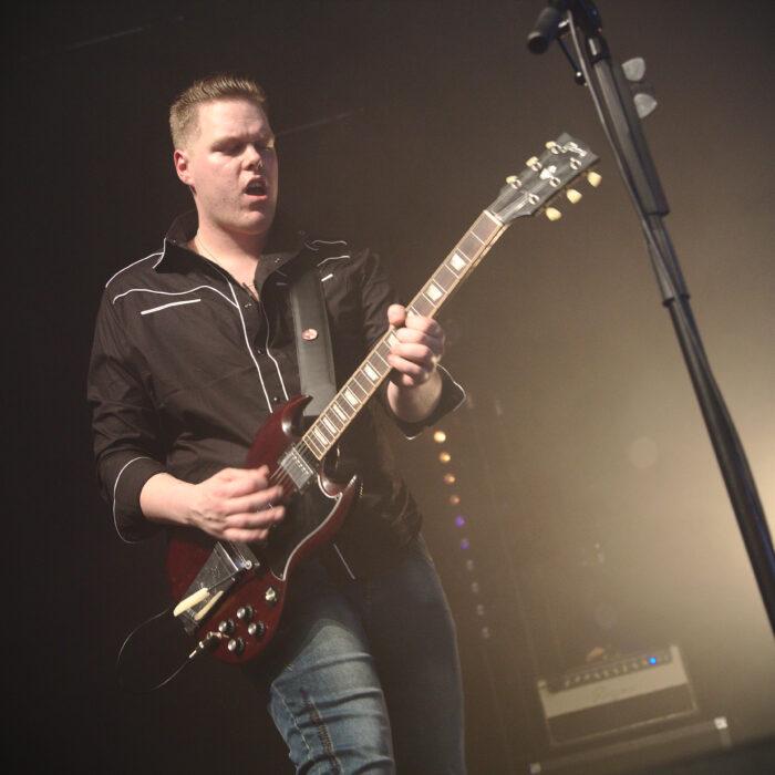 Stef - Guitar